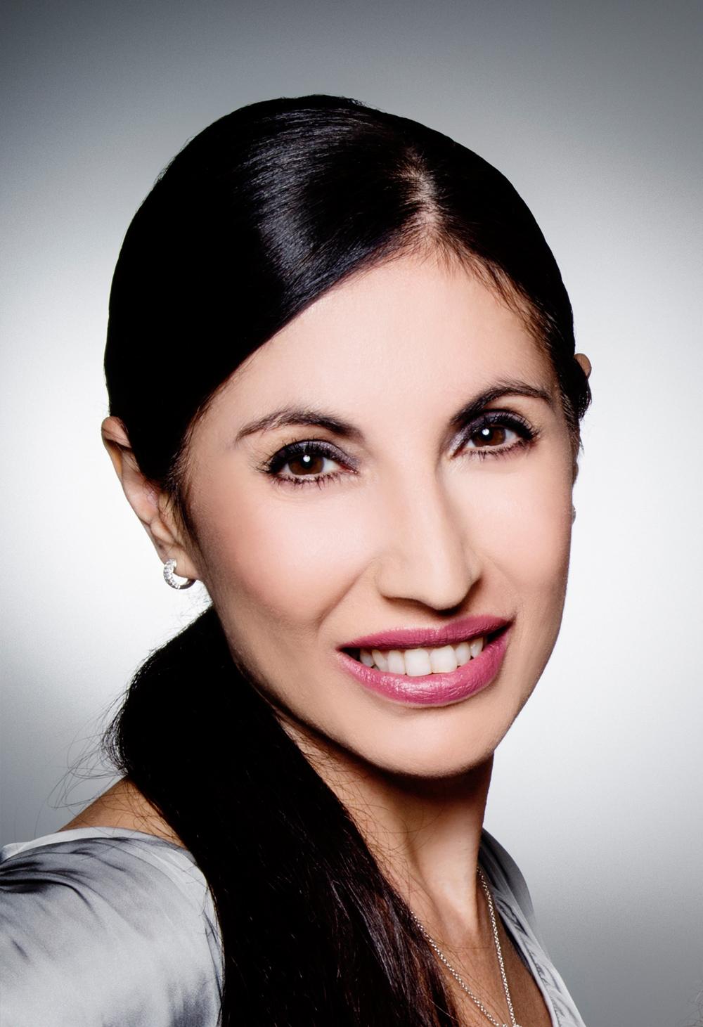Dr Katina Elfis